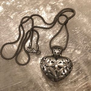 SILVER UNLIMITED Heart Pendant Necklace/Chain, 925